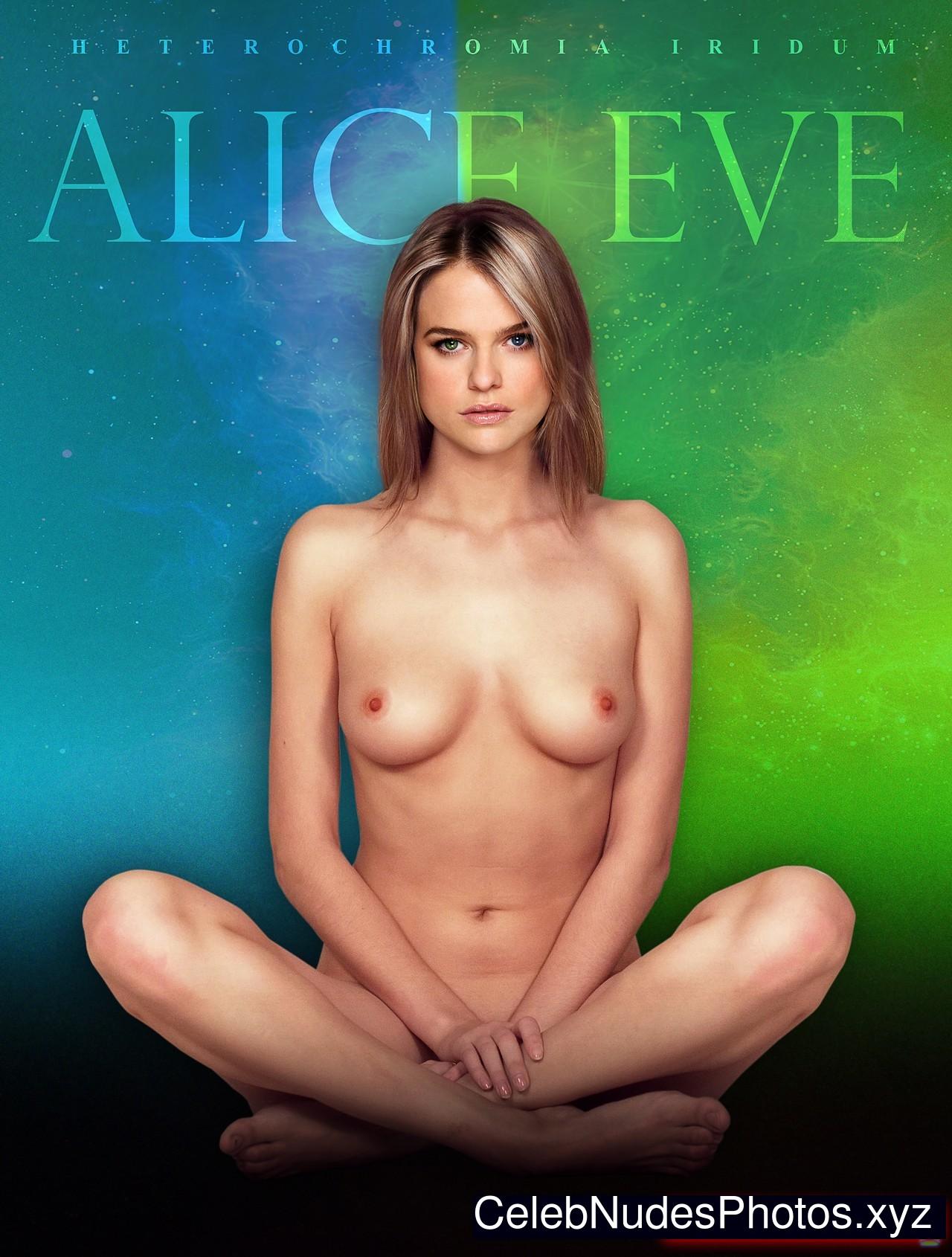 Alice Eve Nude Celeb sexy 8
