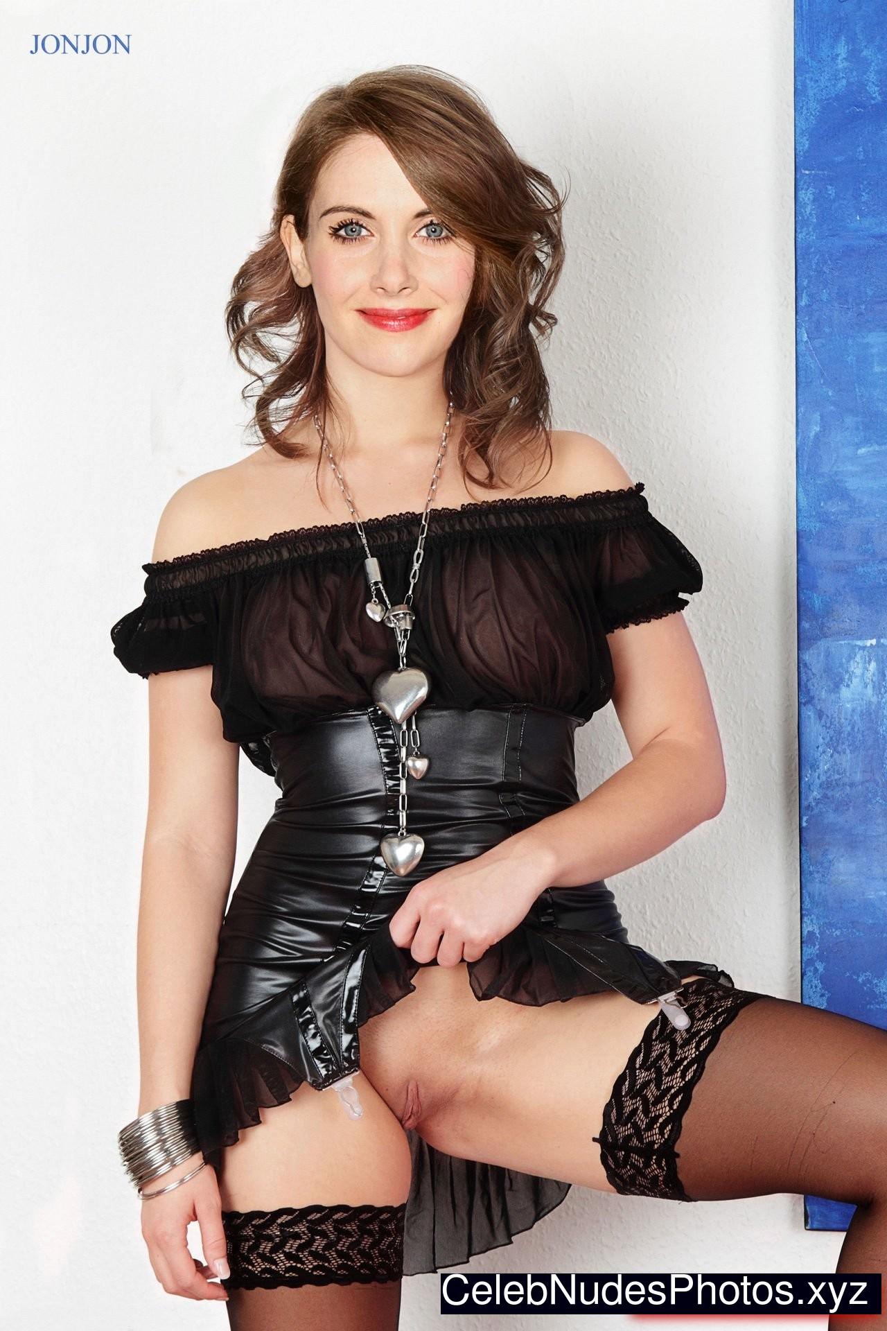 Alison Brie Nude Celeb sexy 11