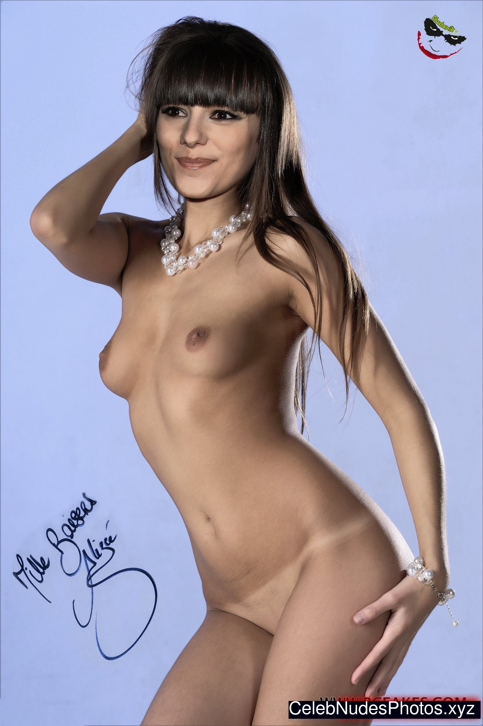 Alizee Nude Pic 8