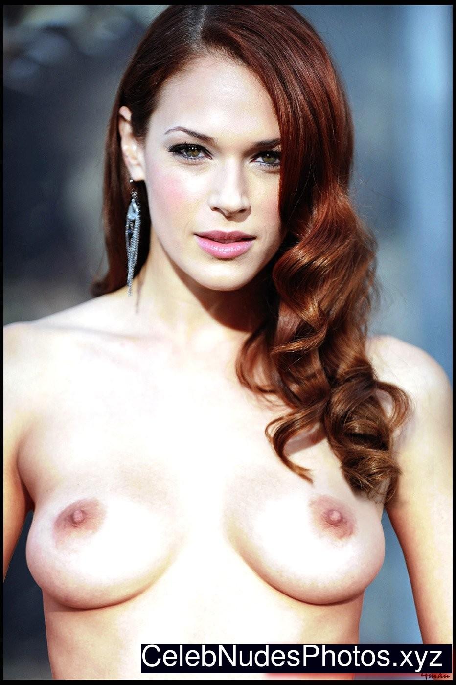 Amanda Righetti Nude Photos