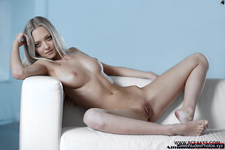Amanda seyfried + free nude