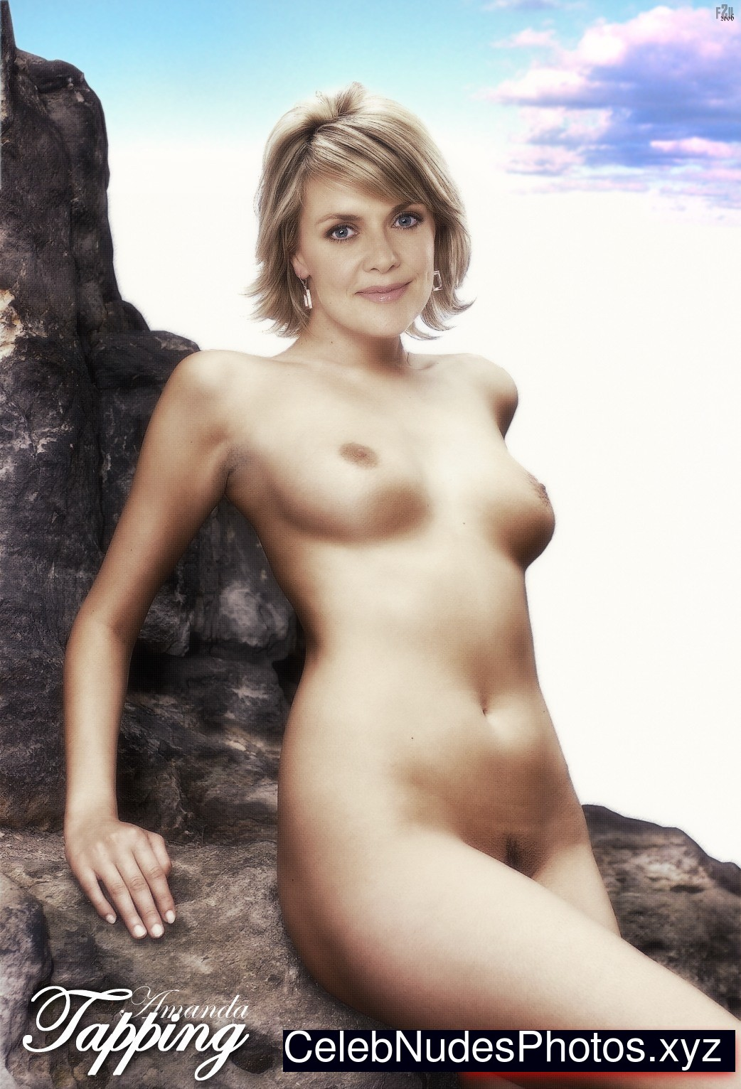 Amonda trapping nude for