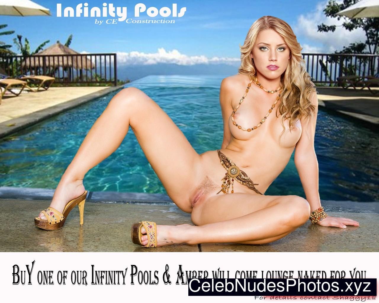 Amber Heard Nude Celeb Pic sexy 26