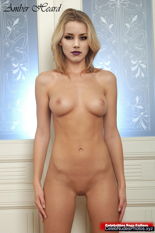 Amber Heard Nude Celeb Pic sexy 14