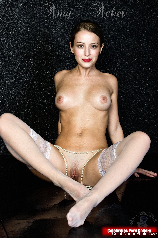 Amy Acker Nude Celeb Pic sexy 1