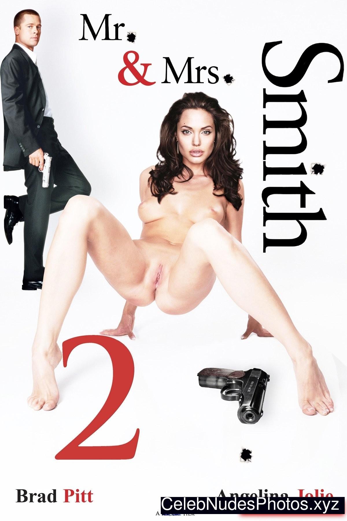 Angelina Jolie Celebrity Leaked Nude Photo sexy 12