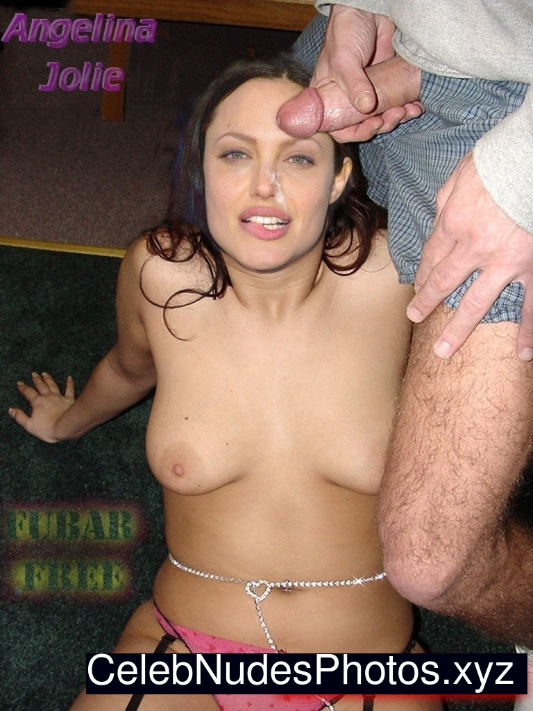 Angelina Jolie Naked Celebrity Pic sexy 15