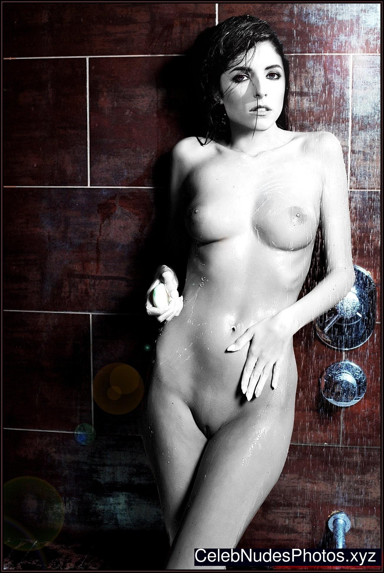 Anna Kendrick Free nude Celebrity sexy 9