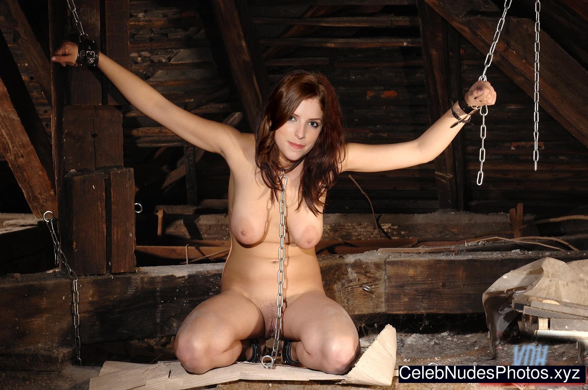 Anna Kendrick Hot Naked Celeb sexy 18
