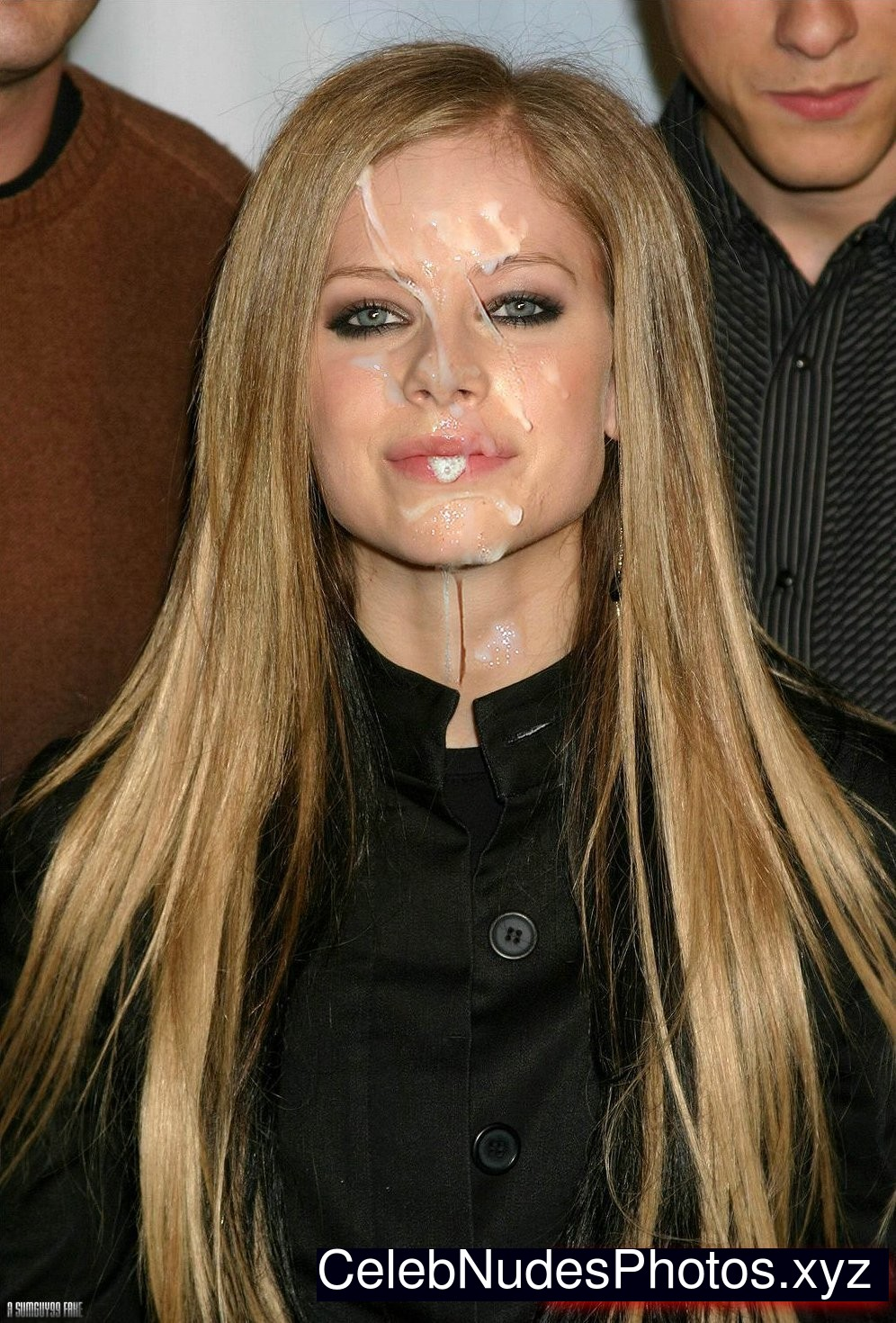 Fucking avril lavigne porn pic that ass