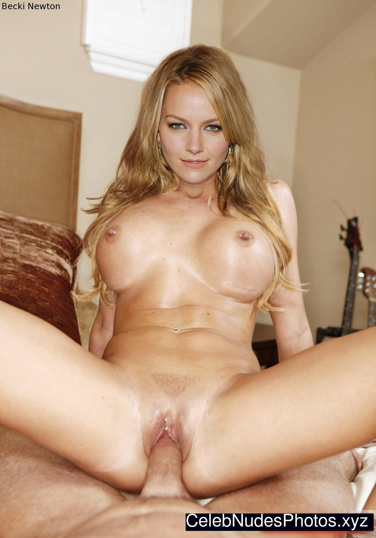 porn girl nude icarly