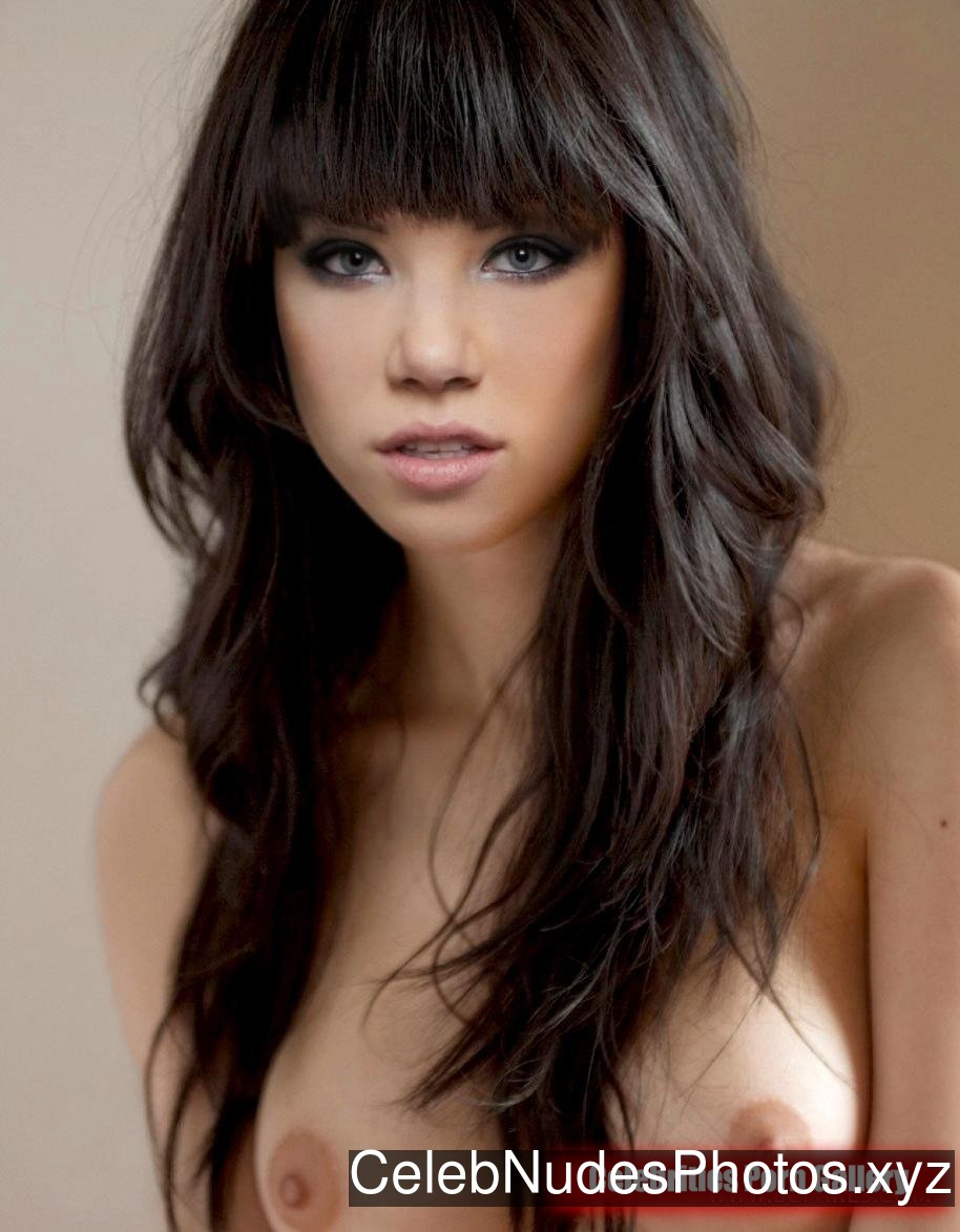 Carly Rae Jepsen Naked celebrity picture sexy 3
