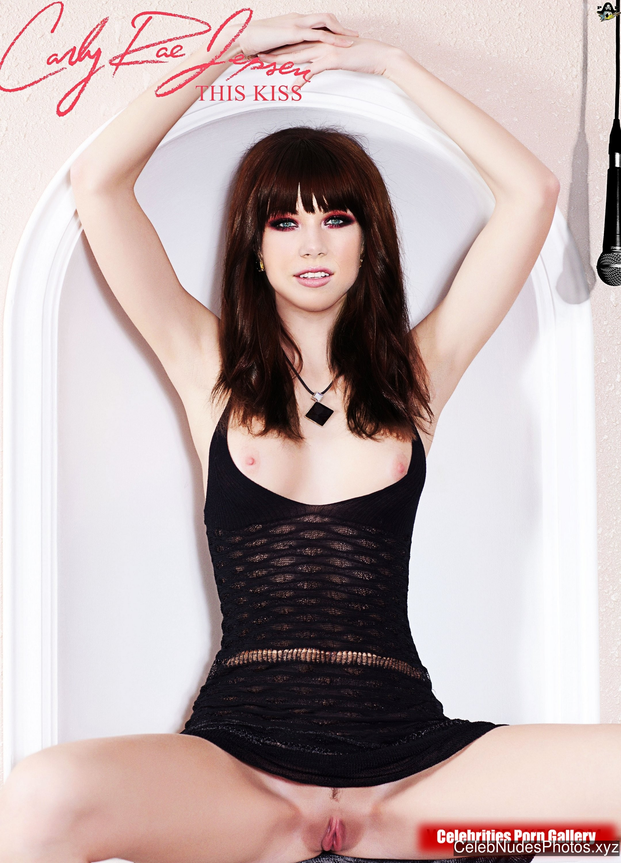 Carly Rae Jepsen Celeb Nude sexy 10