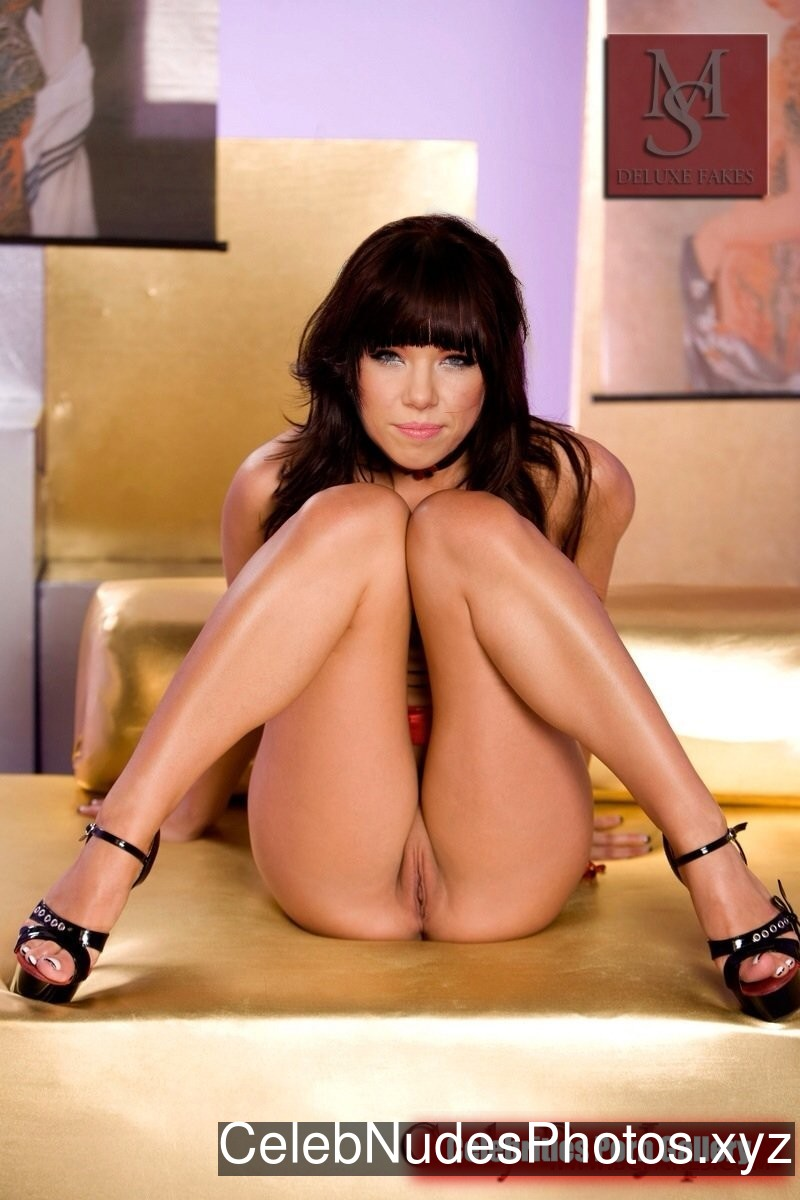 Carly Rae Jepsen Best Celebrity Nude sexy 12