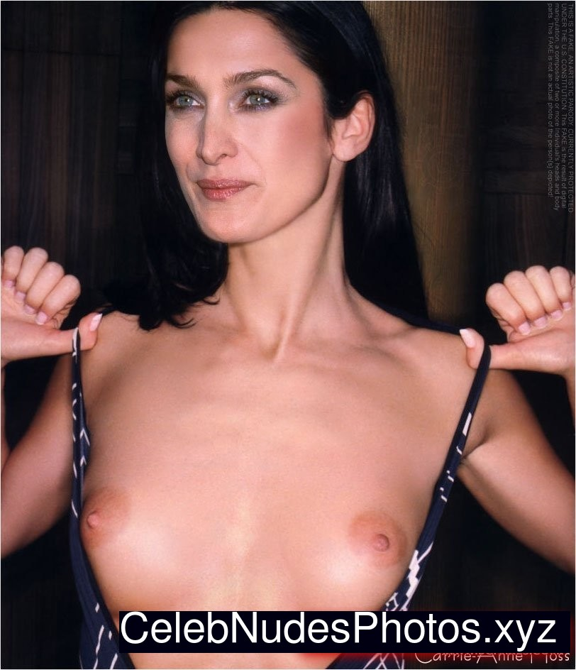 Carrie Anne Moss Fake Nudes