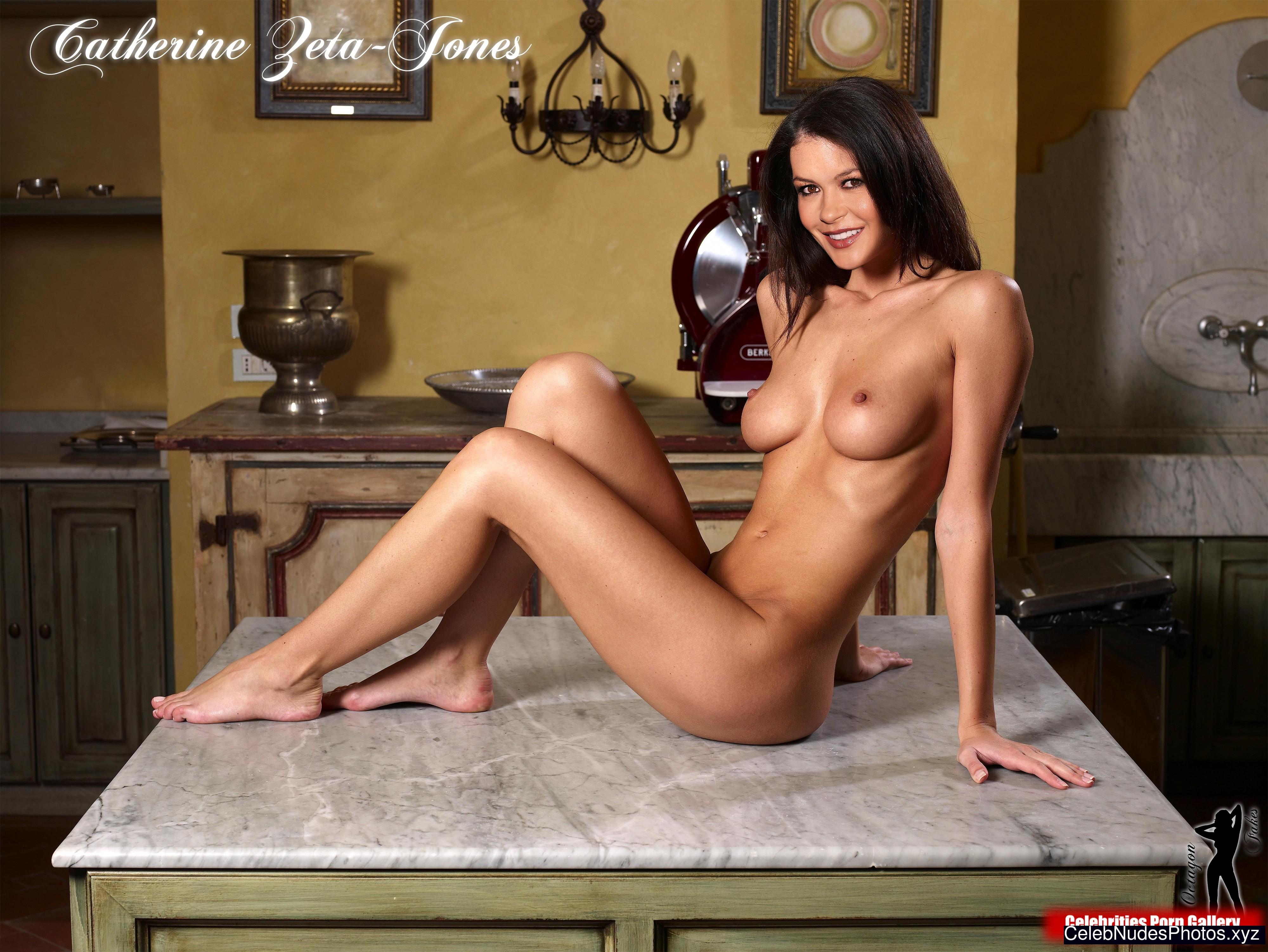Catherine Zeta-Jones Celebrity Leaked Nude Photo sexy 13