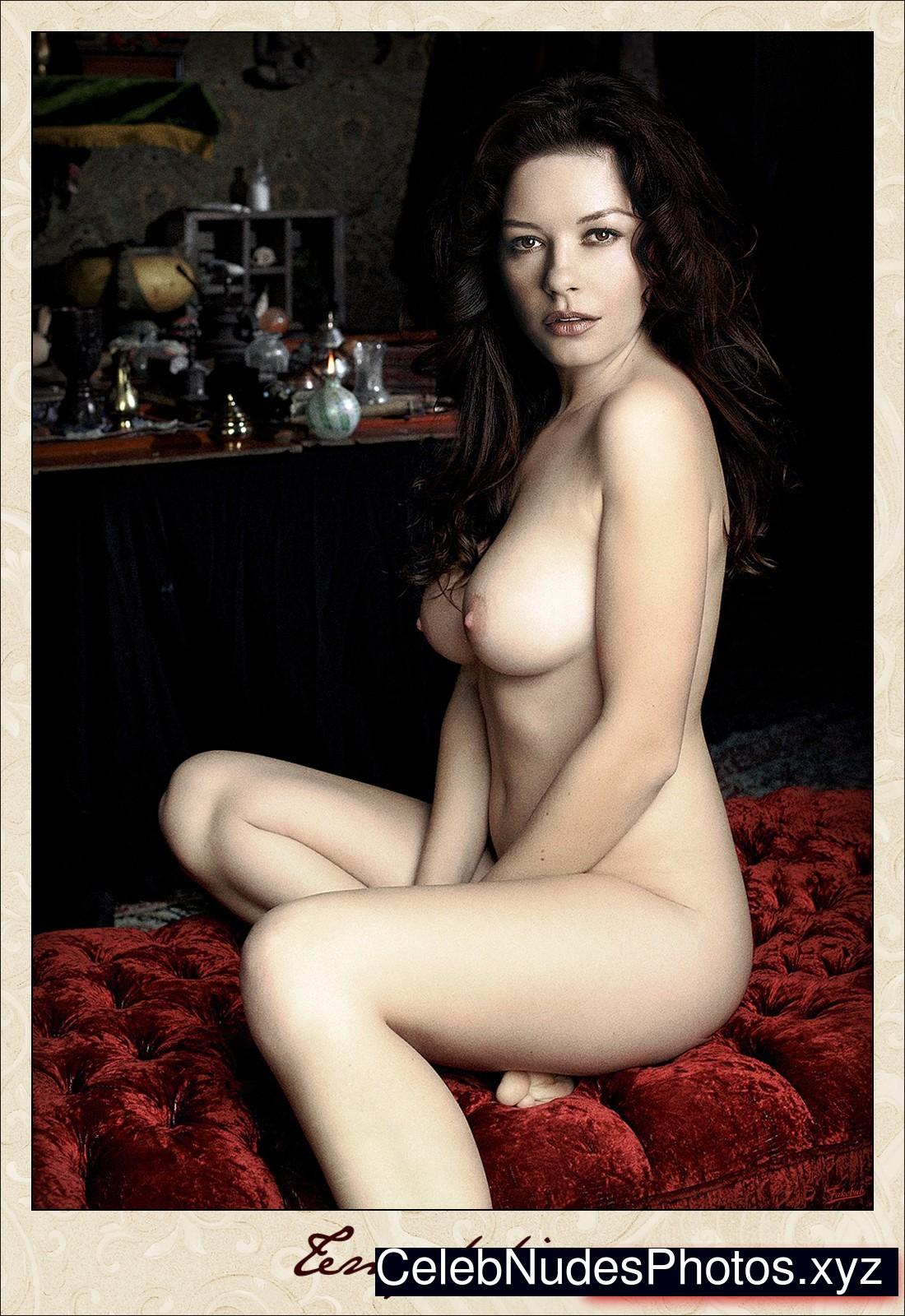 Catherine Zeta-Jones Celeb Nude sexy 16