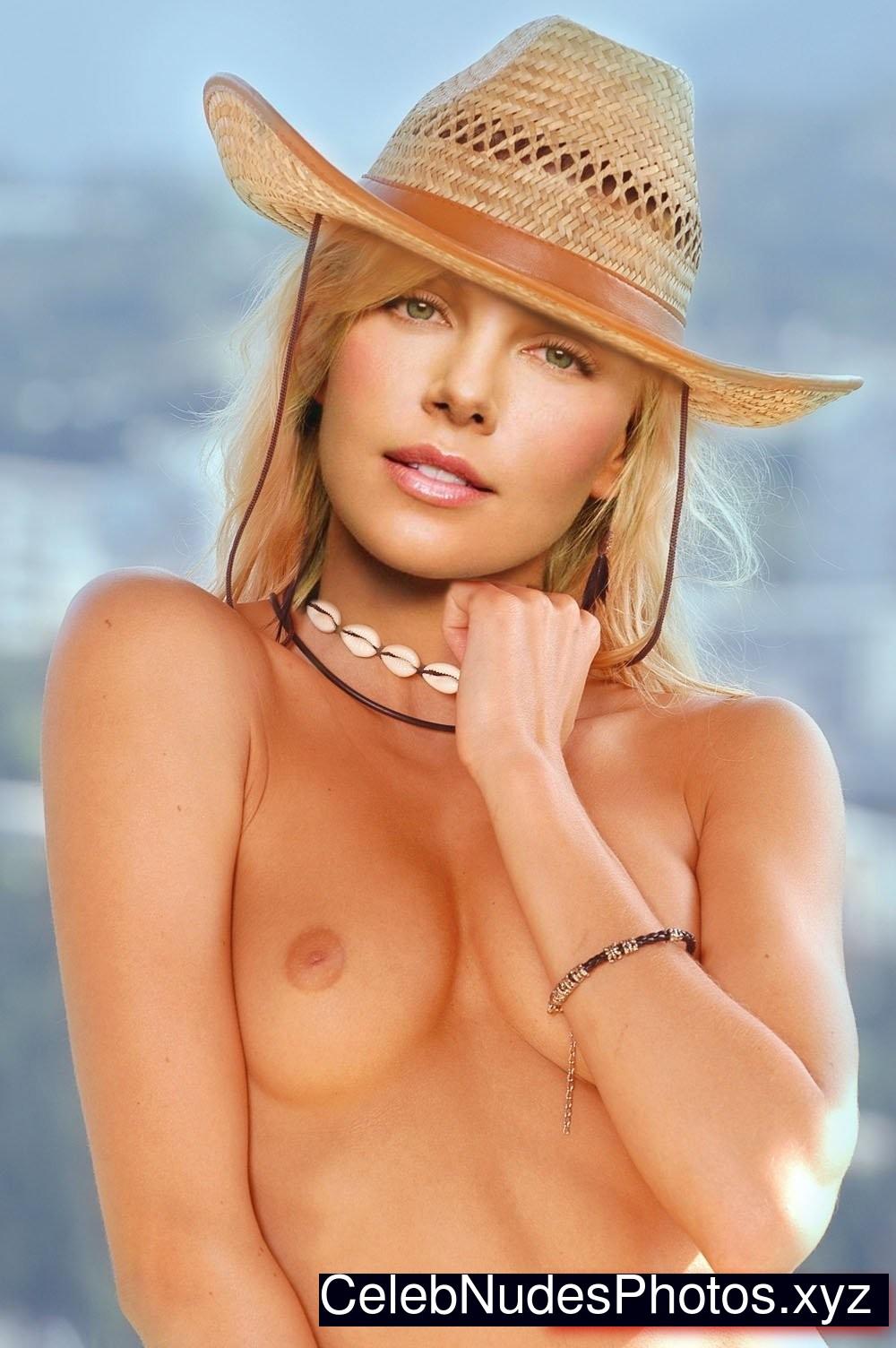 best nude girl pics