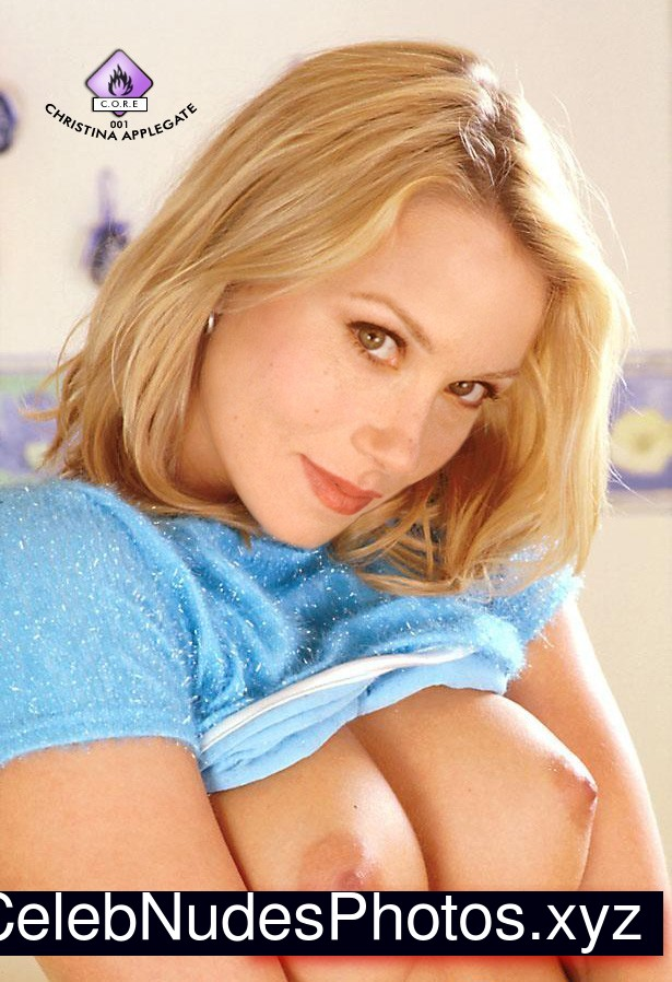 Christina Applegate Real Celebrity Nude sexy 27