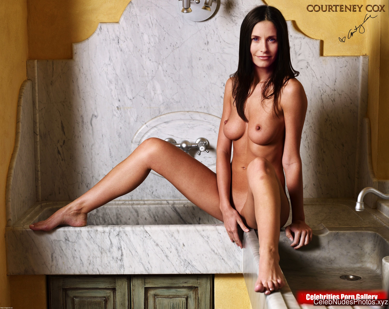 Courteney Cox Free Nude Celeb sexy 1