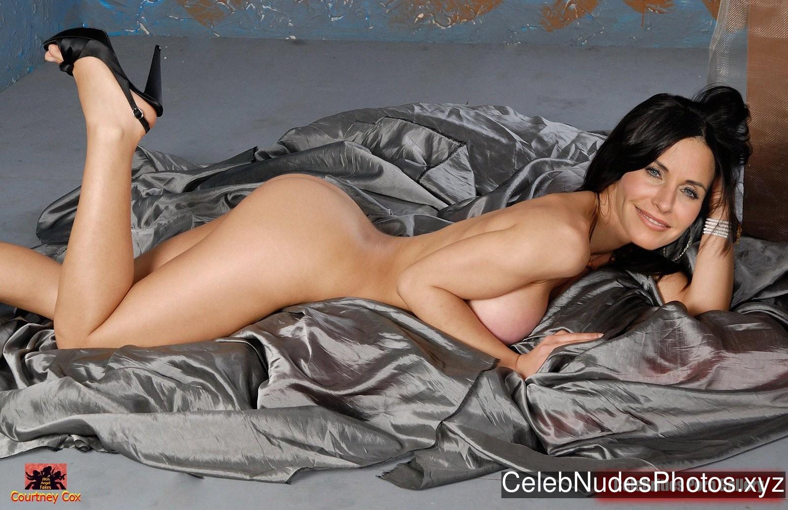 Courteney Cox Free nude Celebrity sexy 28
