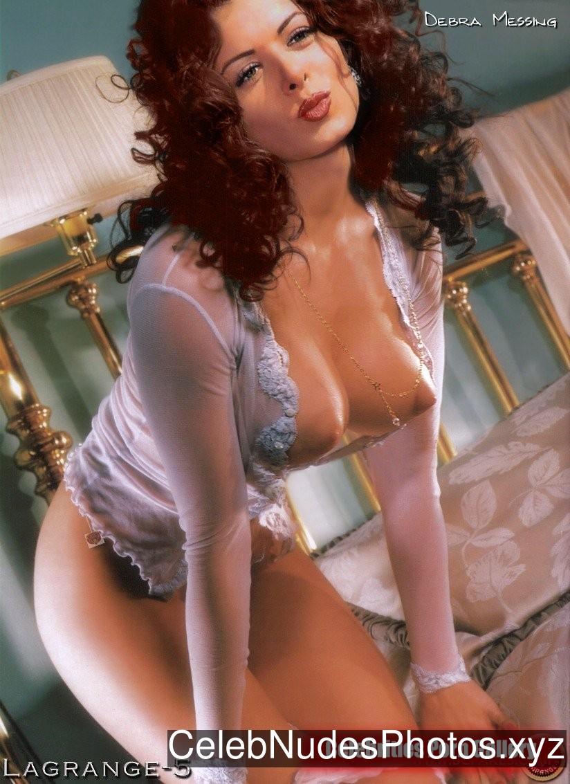 Debra Messing Nude Celeb Pic sexy 12