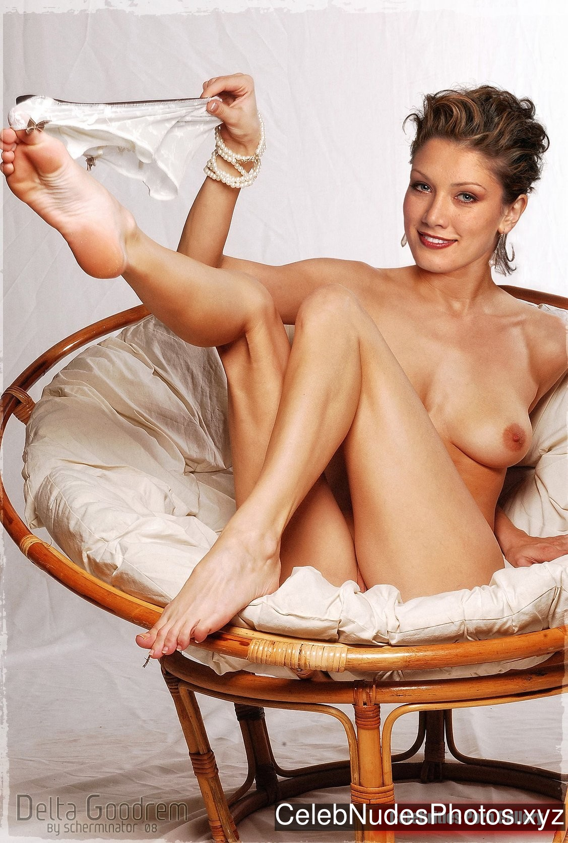 Delta Goodrem Best Celebrity Nude sexy 2