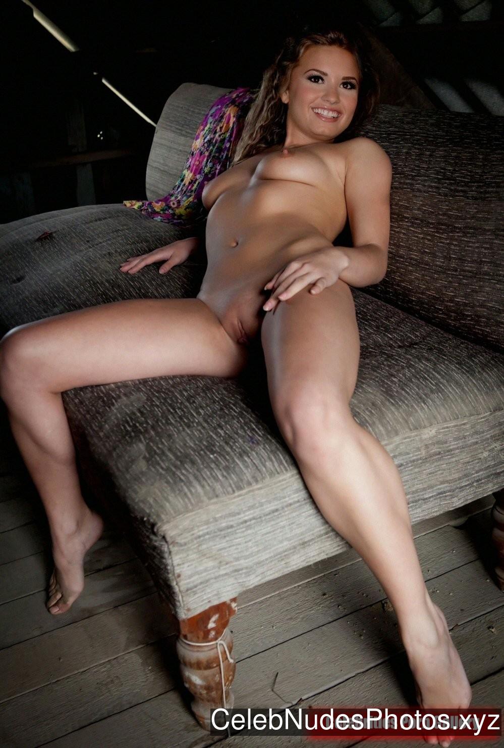 Demi Lovato Best Celebrity Nude sexy 25