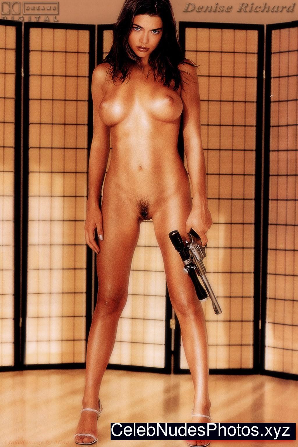 Denise Richards Free Nude Celeb sexy 21