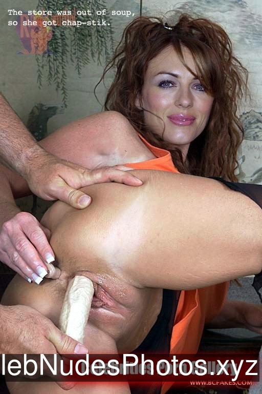 Elizabeth Hurley Famous Nude sexy 26