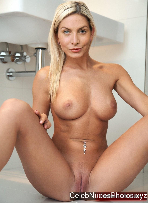 Elizabeth Mitchell Celebrity Nude Pic sexy 2
