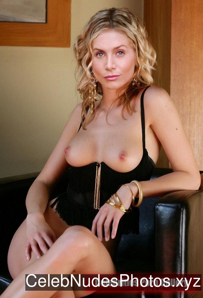 Elizabeth Mitchell Hot Naked Celeb sexy 19
