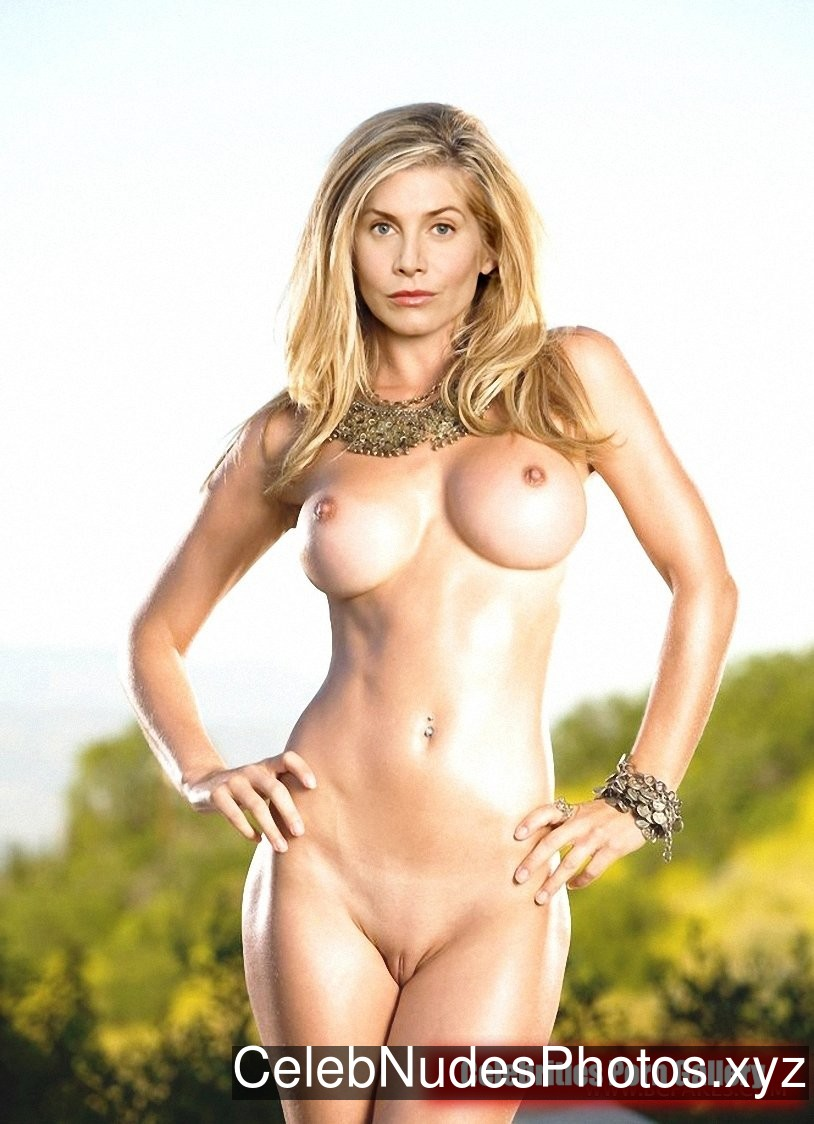 Elizabeth Mitchell Real Celebrity Nude sexy 22