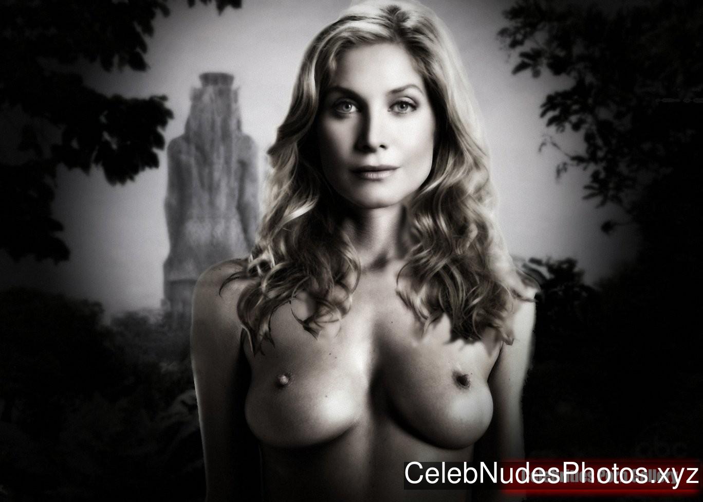 Elizabeth Mitchell Naked Celebrity Pic sexy 23