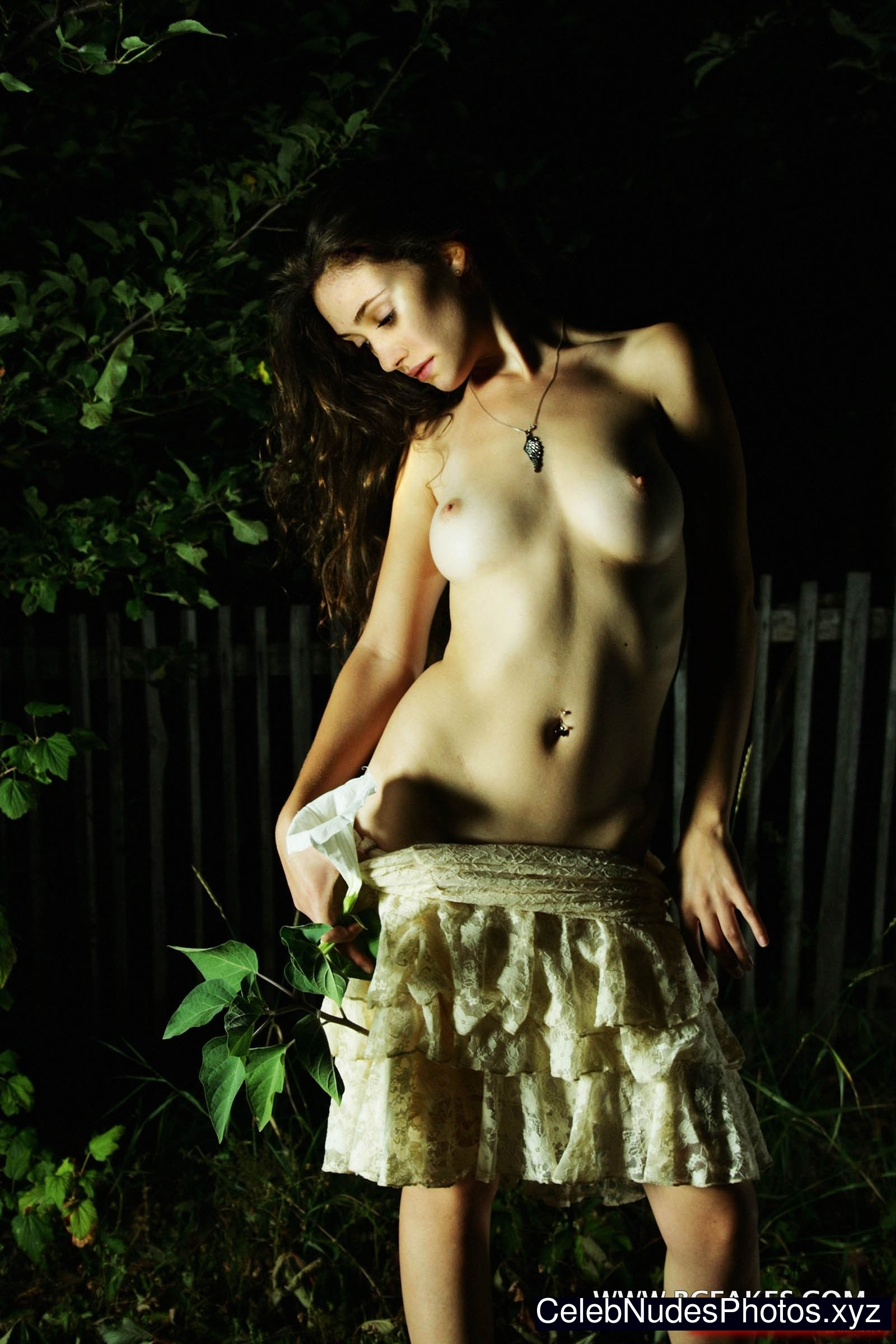 Emmy Rossum Famous Nude sexy 27
