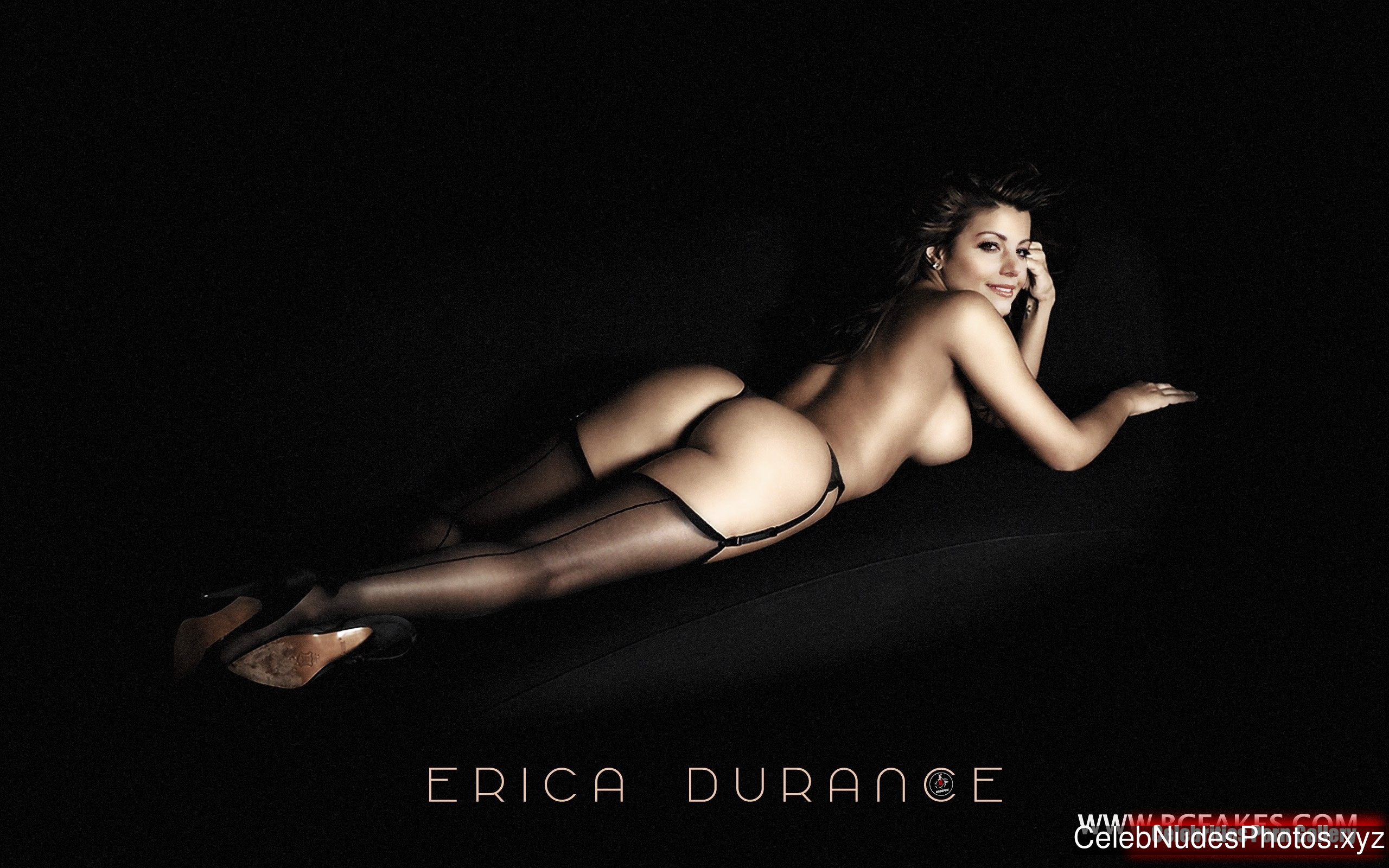 Erica Durance Naked Celebrity Pic sexy 5