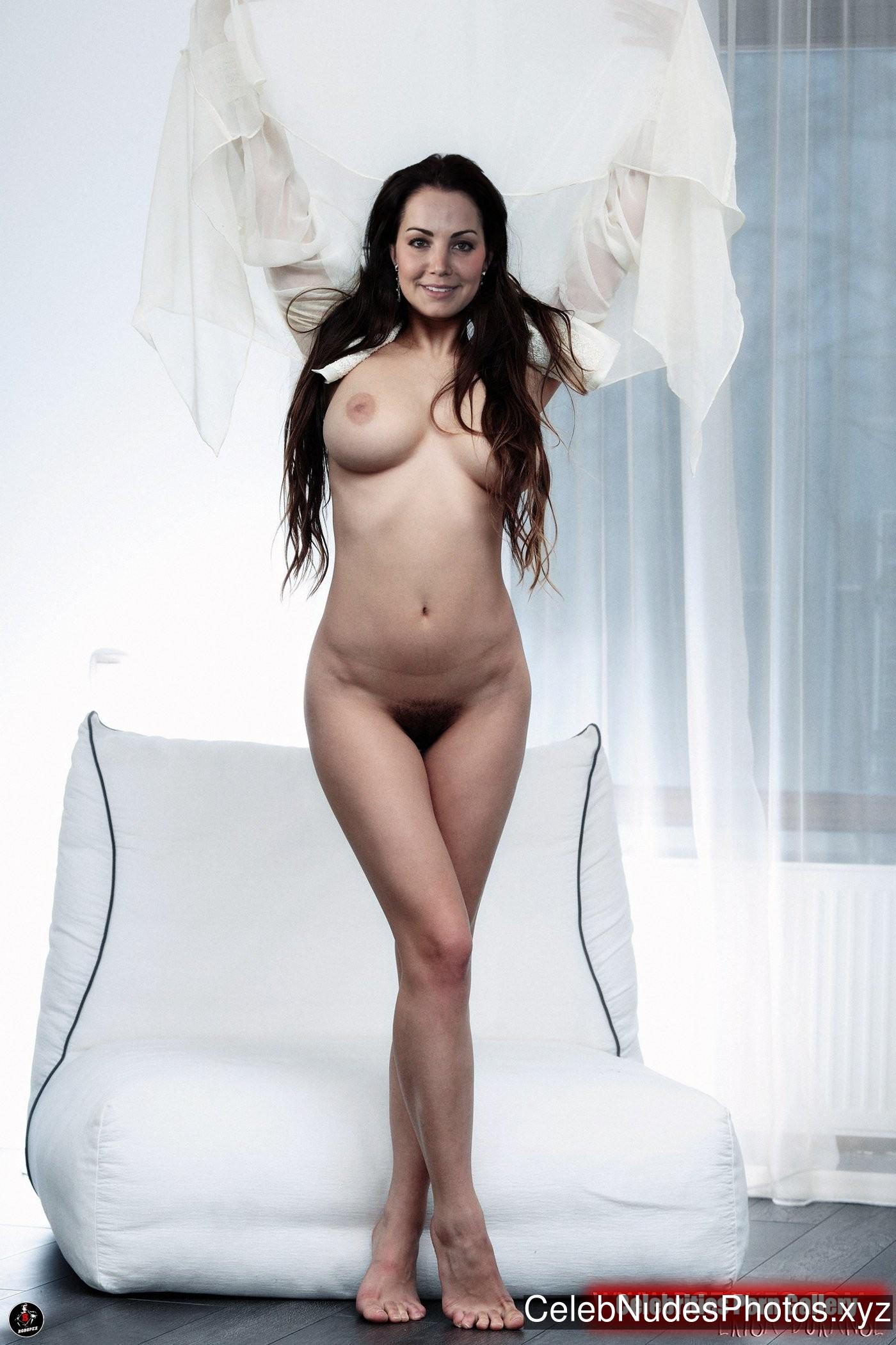 Erica Durance Best Celebrity Nude sexy 3