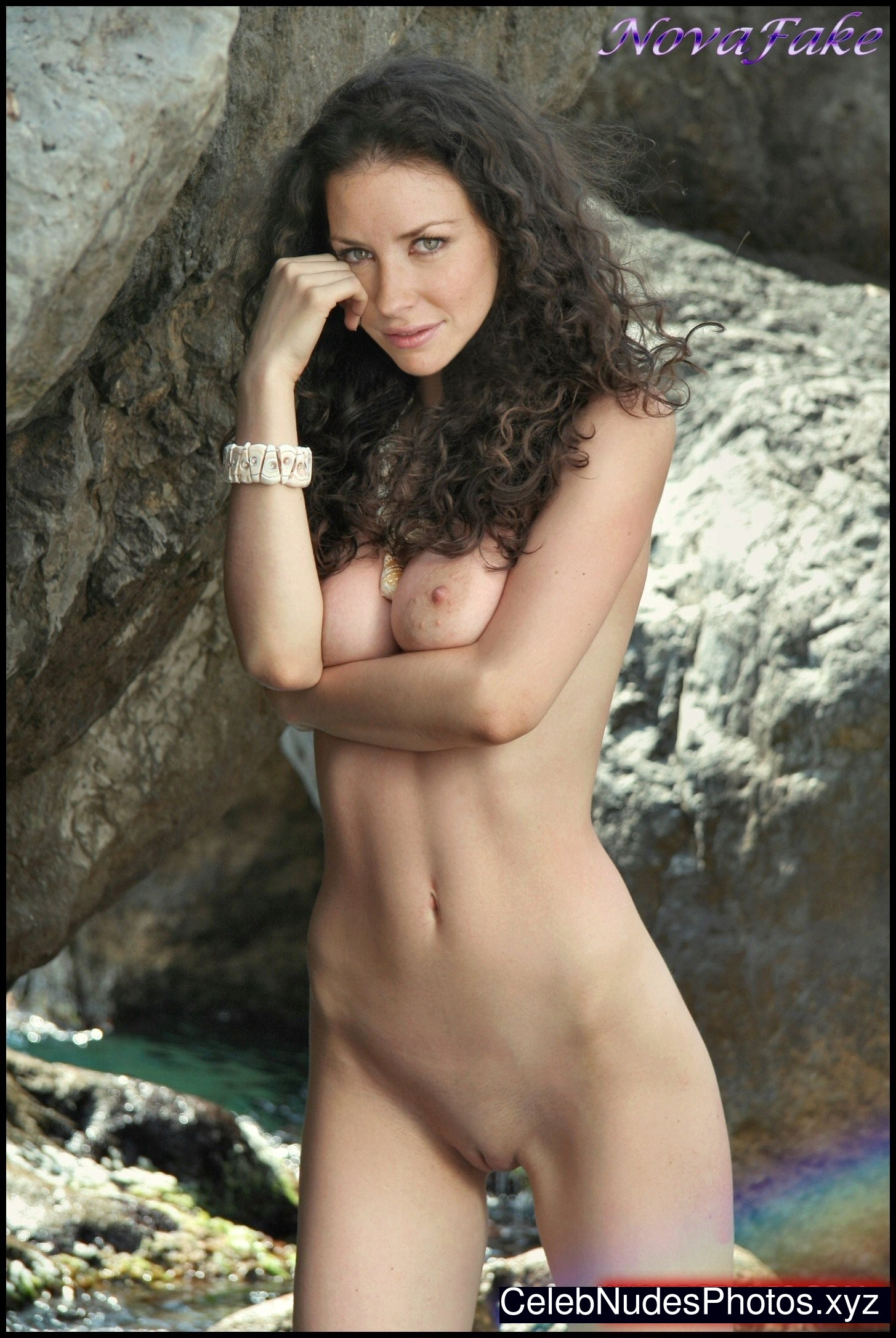 Evangeline Lilly Celebs Naked sexy 19
