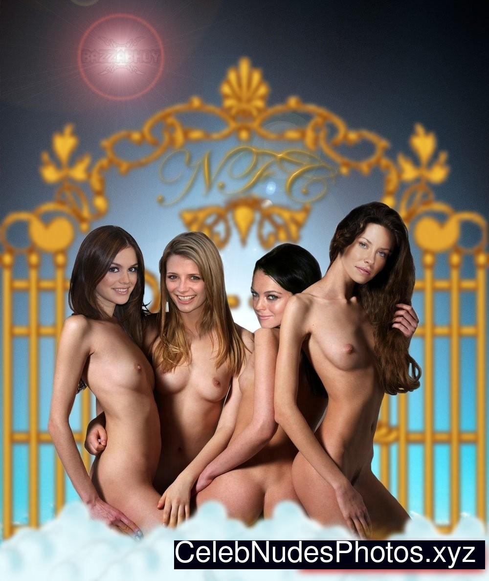 Evangeline Lilly Celeb Nude sexy 24