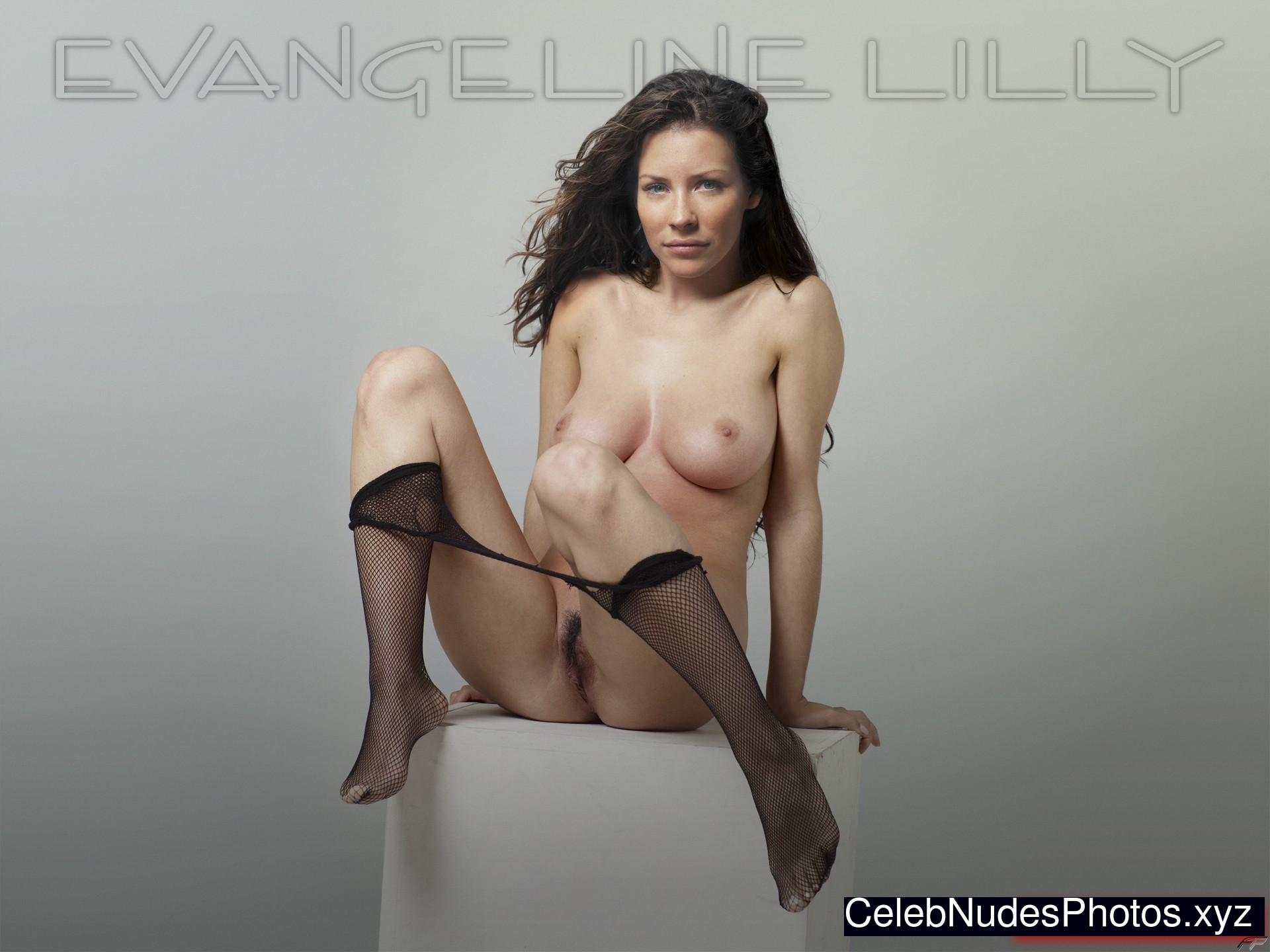 angelina lilly naked