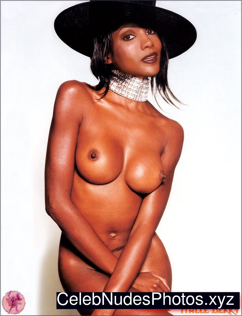 Halle Berry Naked celebrity picture sexy 30