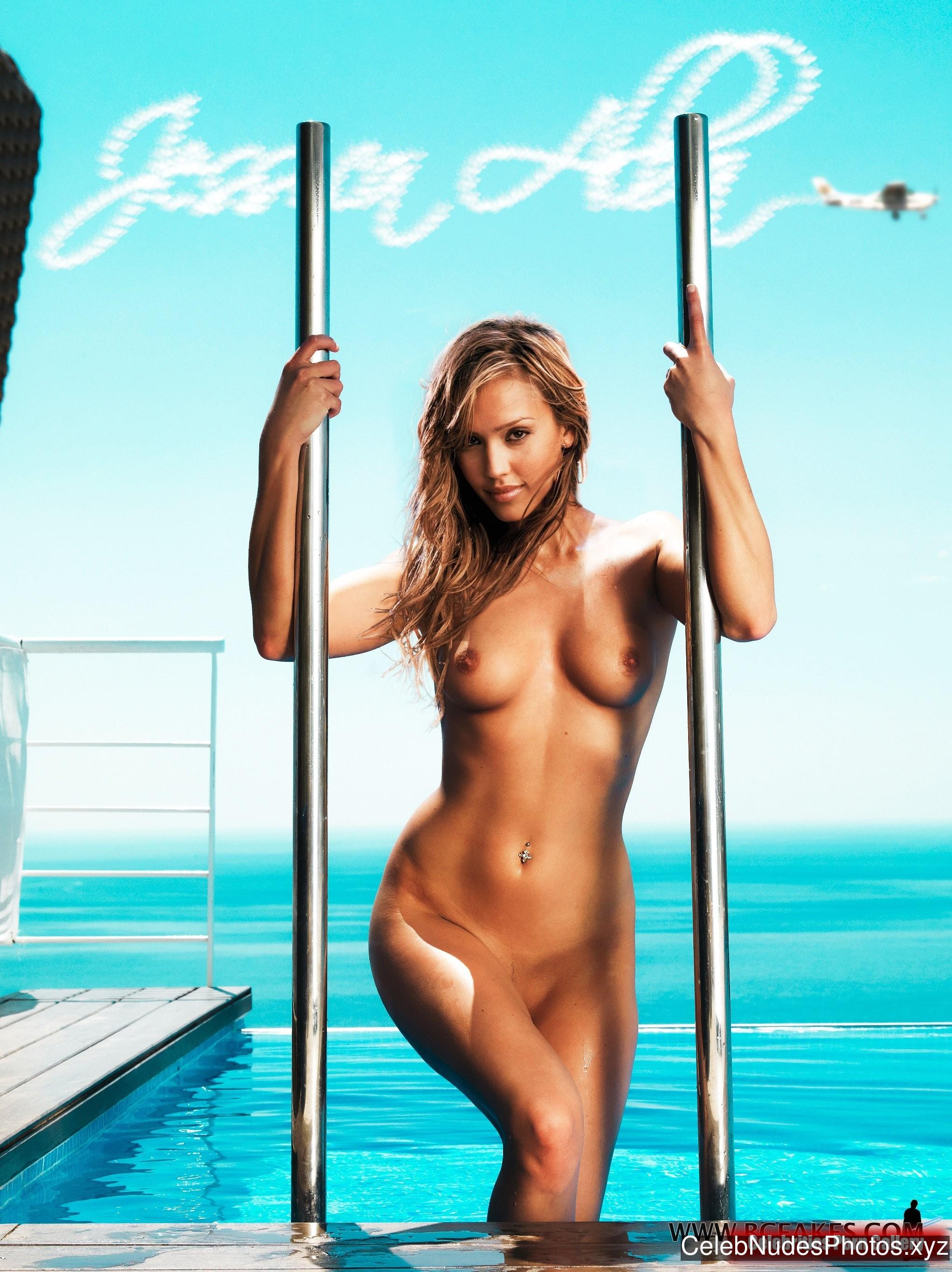 Jessica Alba Naked Celebrity sexy 17