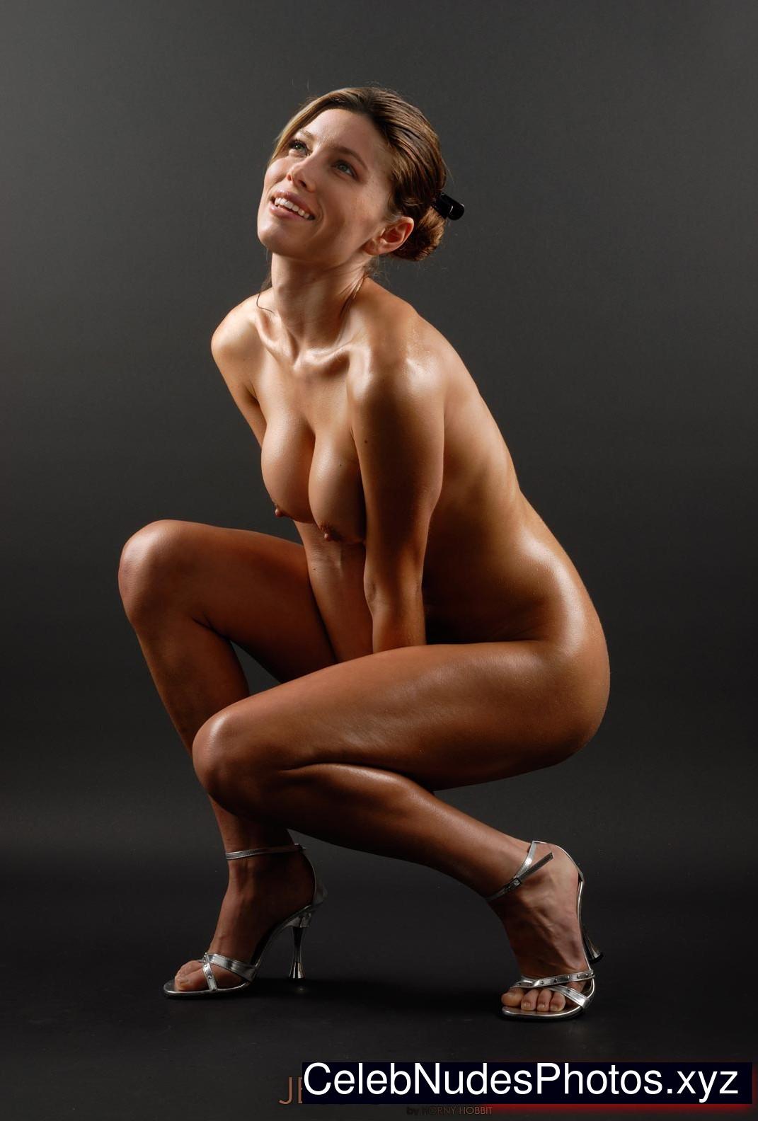 Jessica Biel Nude Celeb Pic sexy 6