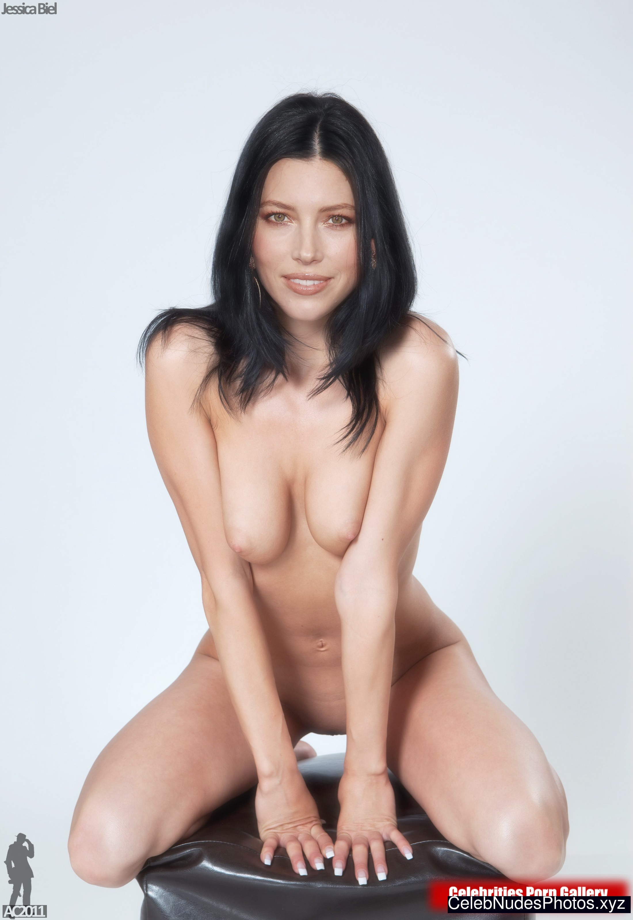 Jessica Biel Celebrity Nude Pic sexy 24