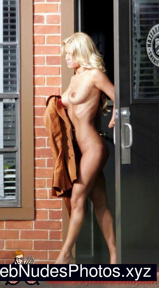 Jessica Simpson naked