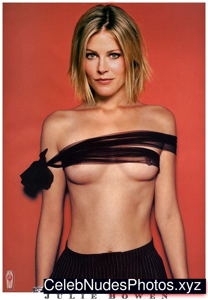 Julie Bowen Newest Celebrity Nude sexy 20