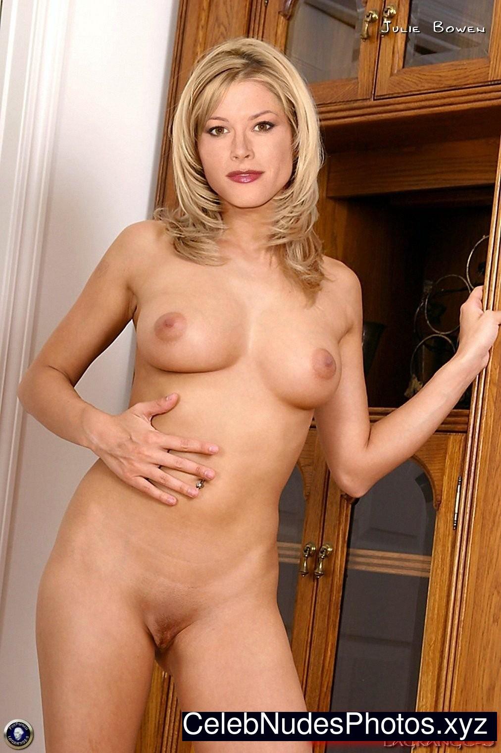 Julie Bowen Newest Celebrity Nude sexy 26