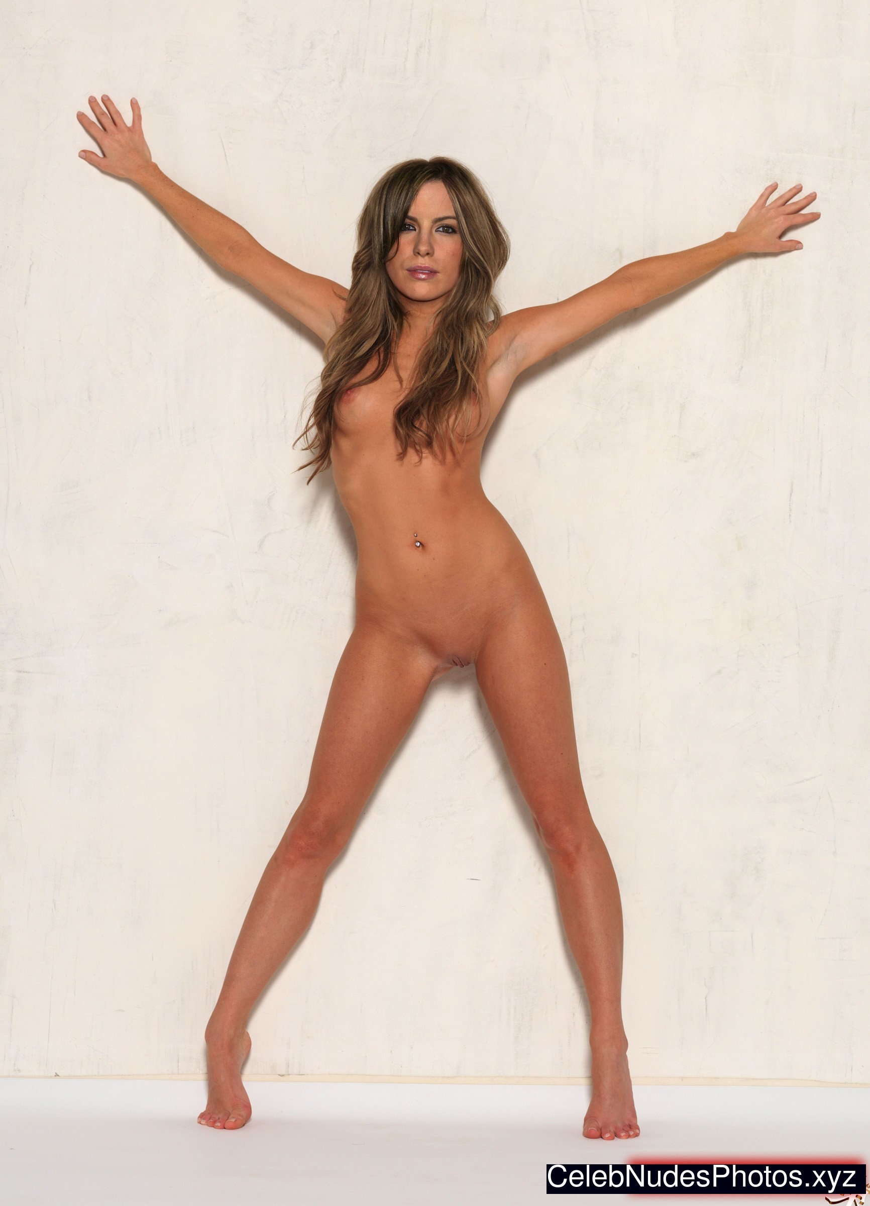 Beckinsale nude ass — 2