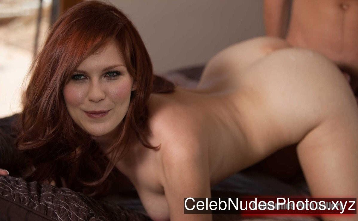 Kirsten Dunst Famous Nude sexy 8