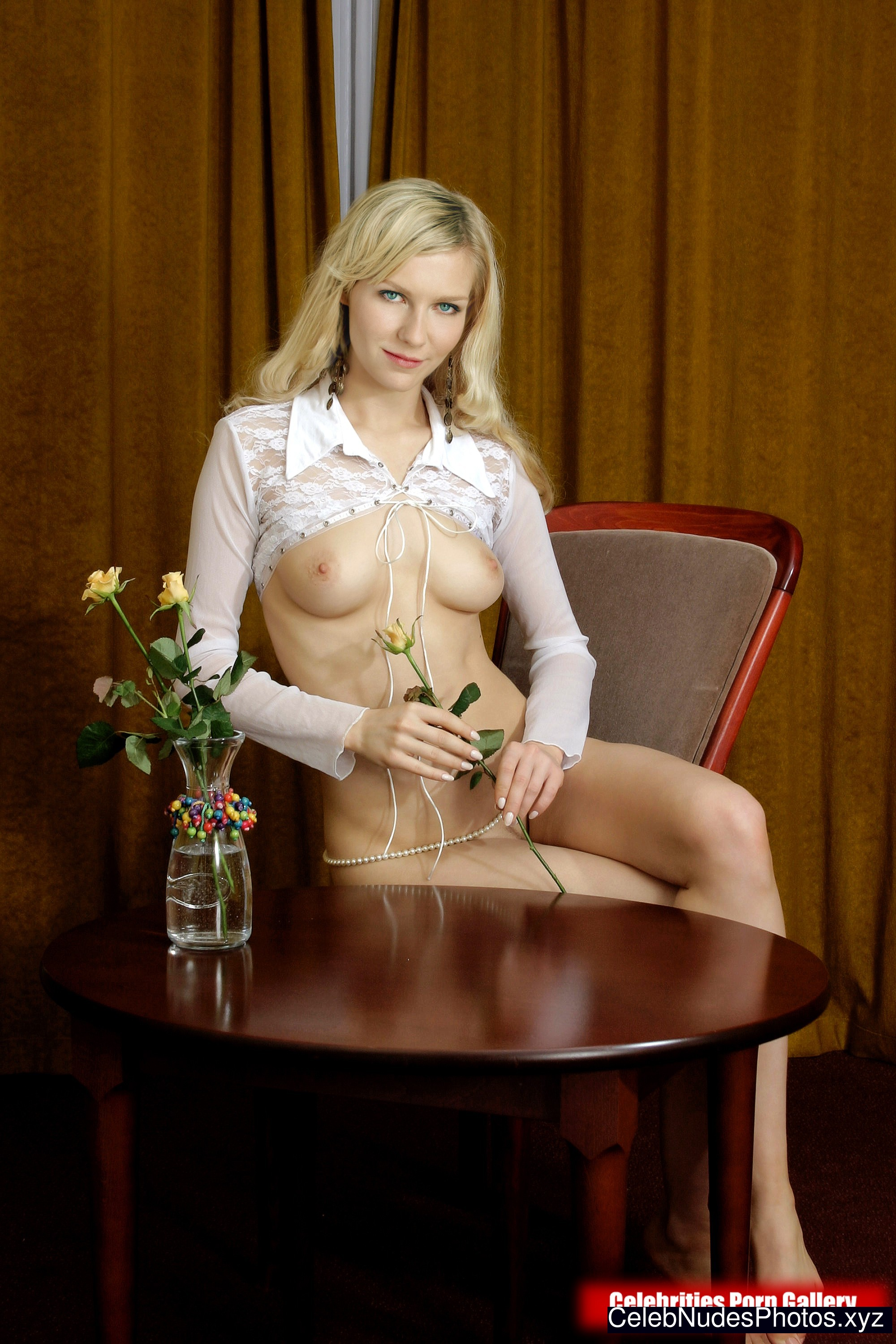 Kirsten Dunst Hot Naked Celeb sexy 10